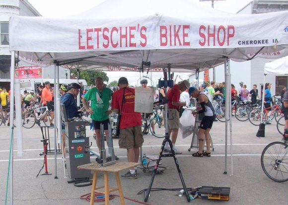 Letsche's Bike Shop Airs Tires
