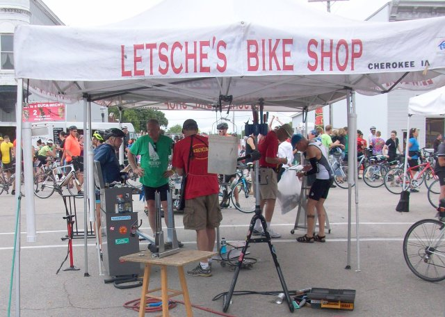 Letsche's Bike Shop Airs Tires