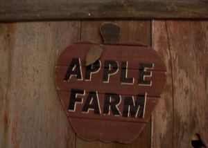 Sign at Wilson's Orchard
